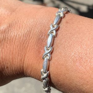 Sterling x and o bracelet by Palo Romeo